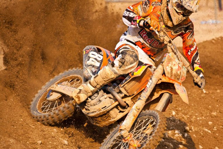 Motocross: Popular Motorsports UK